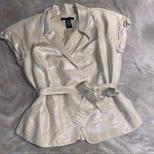APOSTROPHE short sleeve blazer with belt in beige